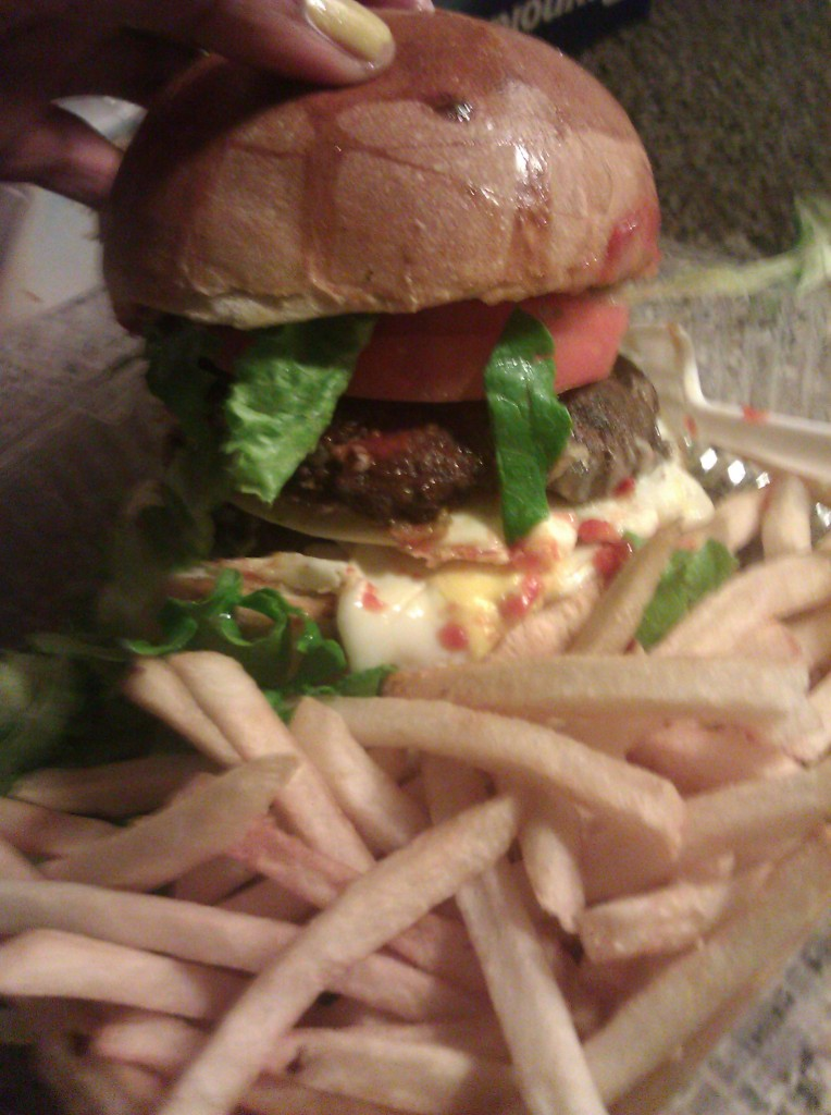 Burger from Patisserie des Ambassades, Harlem NYC